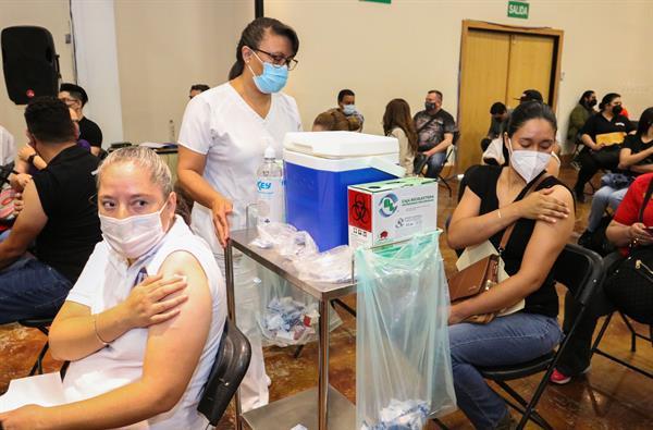 """China CanSino estudia """"probable refuerzo"""" de su vacuna monodosis en México"""
