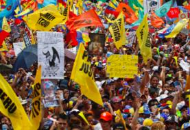 Oposición venezolana dice que negociación con Maduro debe comenzar pronto