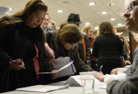 Bajan a 406.000 las solicitudes semanales del subsidio de desempleo en EEUU