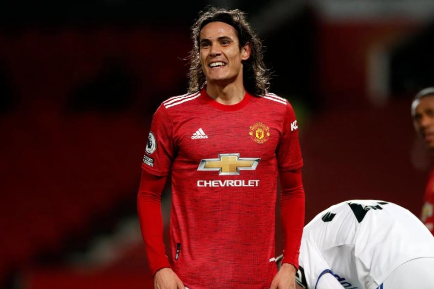 Cavani renueva con el Manchester United