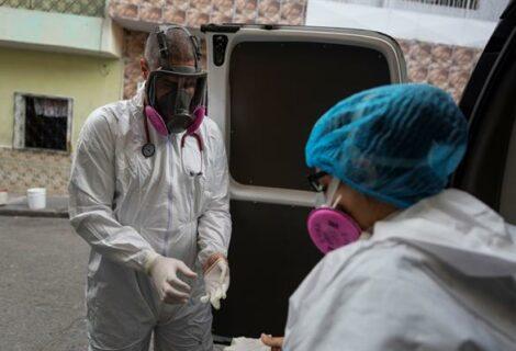 Venezuela roza las 2.400 muertes por covid-19