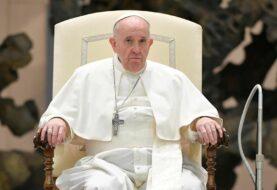El papa preocupado por audiencia de medios vaticanos