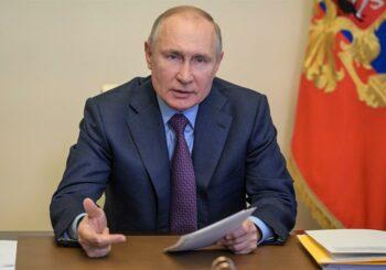 Putin deberá guardar cuarentena por contagiados en su entorno