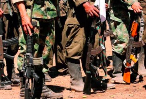 ONG reporta un combate entre dos grupos disidentes de las FARC en Venezuela
