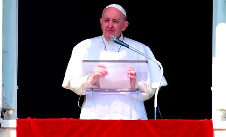 El papa retoma las audiencias generales con la presencia de fieles