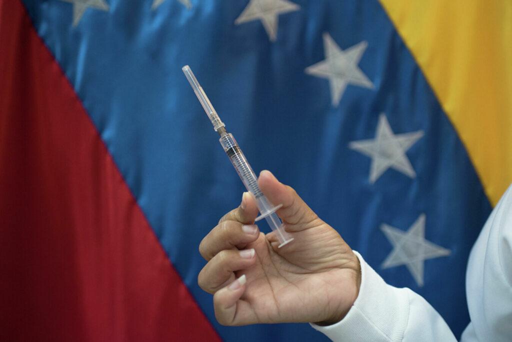Oposición de Venezuela denuncia mercado negro de vacunas