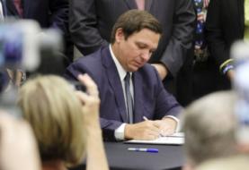 DeSantis firma la ley que limita el voto por correo