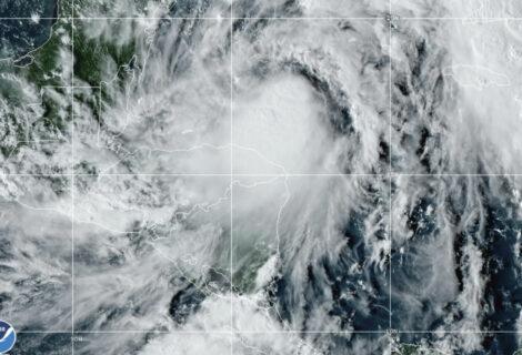 Emiten aviso de tormenta tropical para México