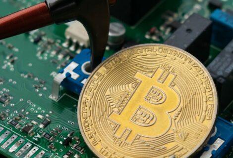 Alcalde de Miami ofrece energía nuclear a mineros de Bitcoin