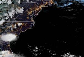 Tormenta Danny toca tierra en Carolina del Sur
