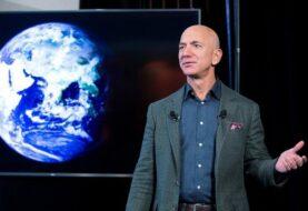 Mas de 76.000 personas firman para que Bezos no regrese a la Tierra