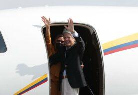 Presidente de Ecuador viaja a Miami para una operación