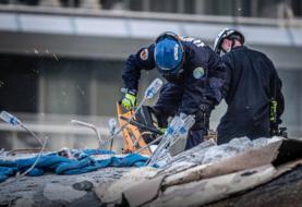 Aumentan a 32 los cuerpos hallados de víctimas del derrumbe