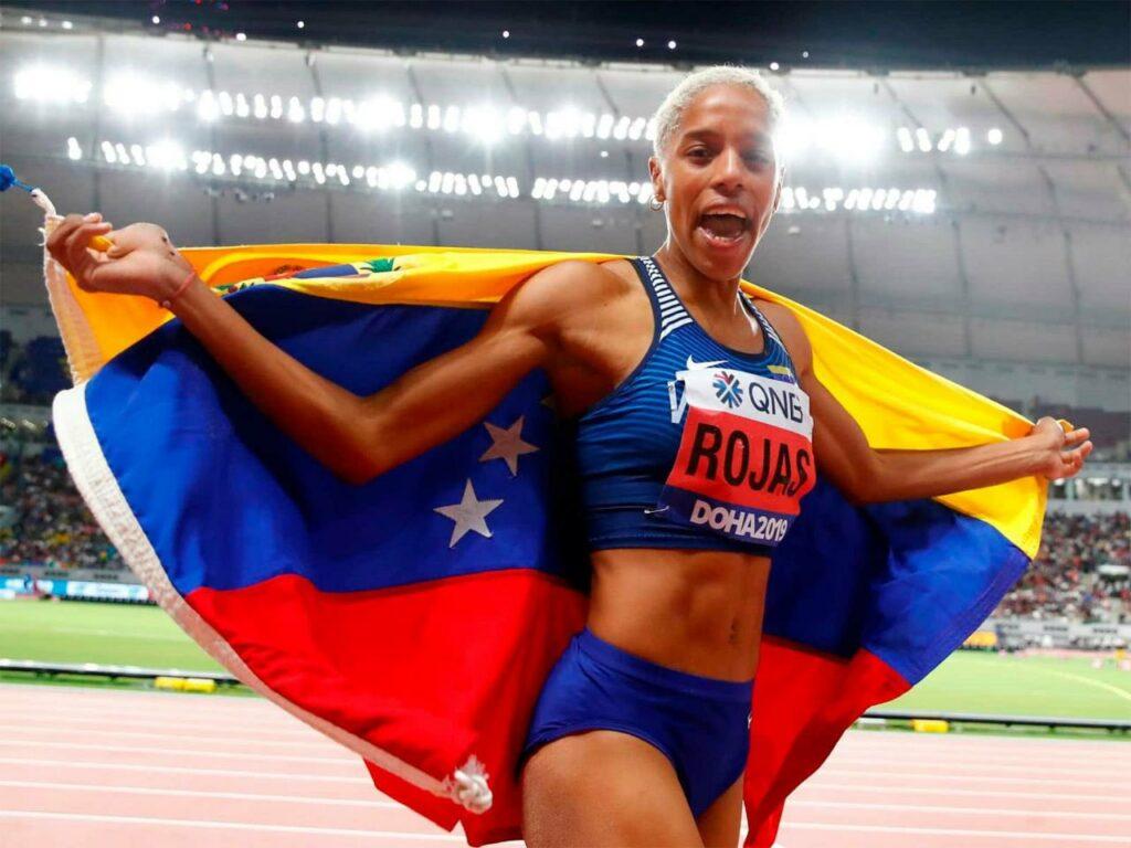 Yulimar Rojas avanza a la final del salto triple y va por el oro