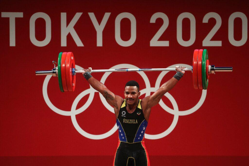 Julio Mayora le dio primera medalla a Venezuela