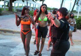 Miami-Dade anuncia revisión del uso de mascarillas en escuelas