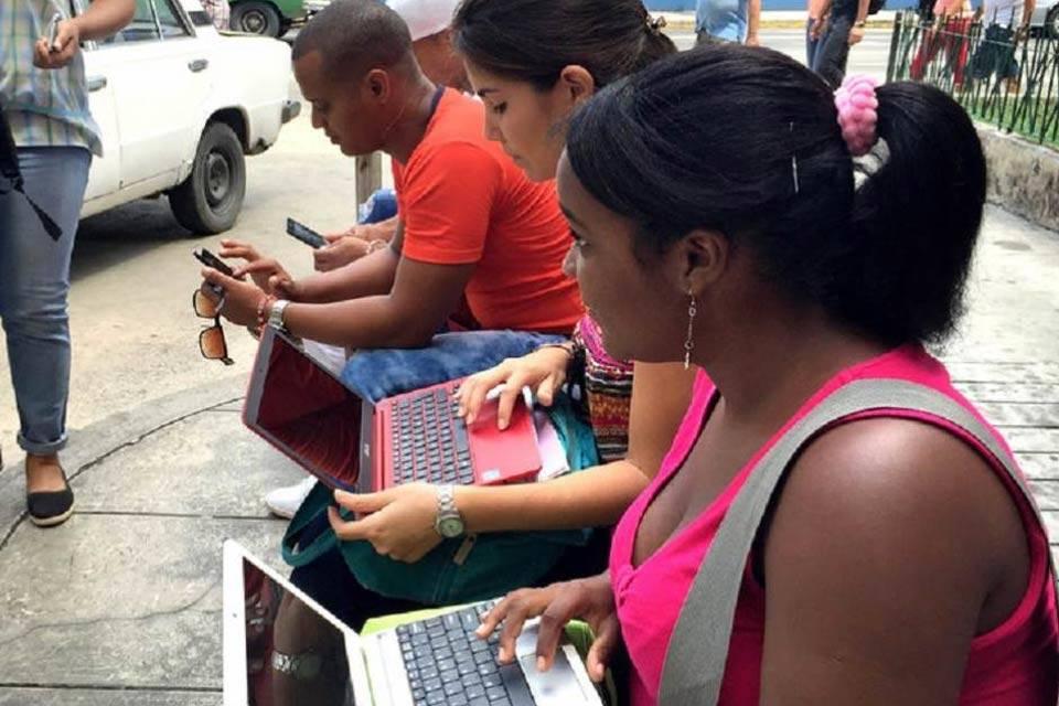 Cubanos siguen sin internet y recurren a las VPN