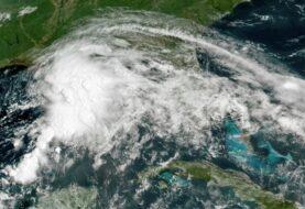 Elsa, quinta tormenta del año en el Atlántico, avanza