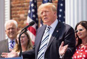 Trump demanda a Facebook, Google y Twitter