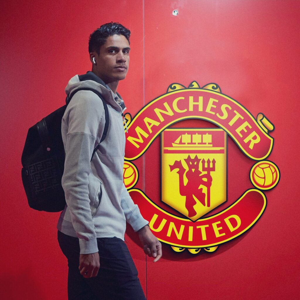 Raphael Varane, nuevo futbolista del Manchester United