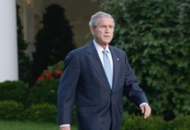 "Bush tacha de ""error"" la retirada militar de Afganistán"
