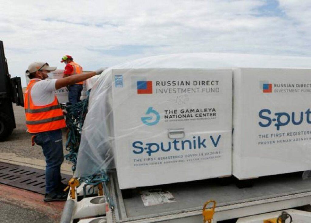 Rusia promete a América Latina poner fin al retraso de Sputnik