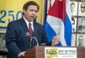 DeSantis, un gobernador antimascarillas en la Florida