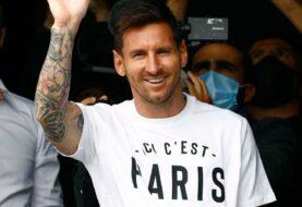 Messi llegó a París y ya es jugador del PSG