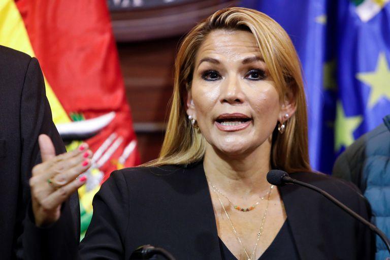 Macri pide por la salud de Jeanine Añez a la ONU y la OEA