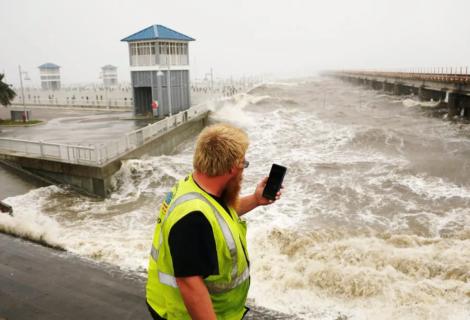 Ida se degrada a depresión tropical sobre Misisipi