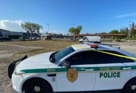 Detienen a mujer por ataques a templo budista de Florida