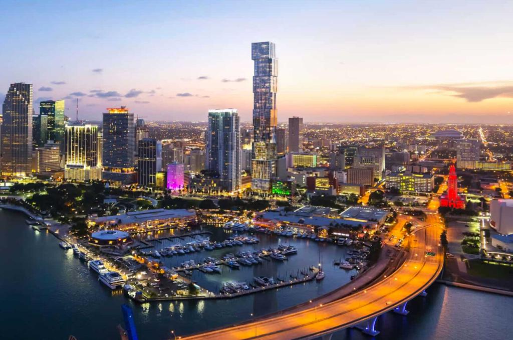 Construye Miami su primer gran rascacielos