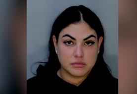 Policía detenida en Miami por agredir a su pareja, otro policial