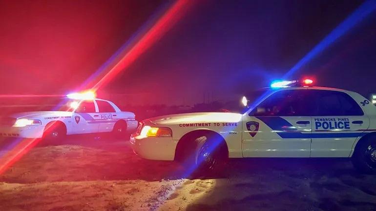 Tres estudieantes fueron arrestados en Florida por amenazar a su escuela