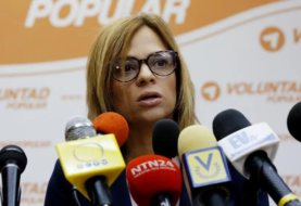 """Aumentan torturas a venezolanas """"por razones políticas"""""""