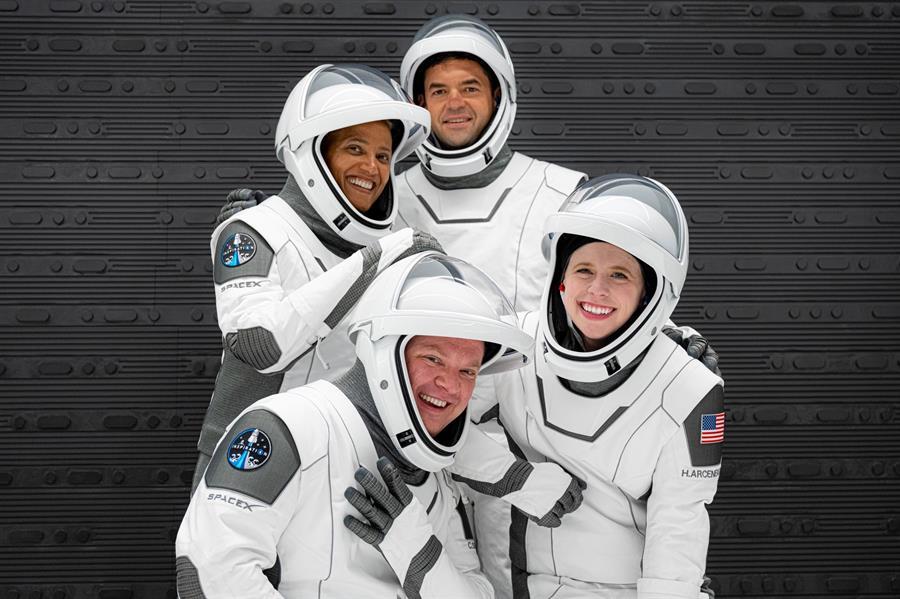 """Misión espacial de la """"gente común"""" está lista para partir"""