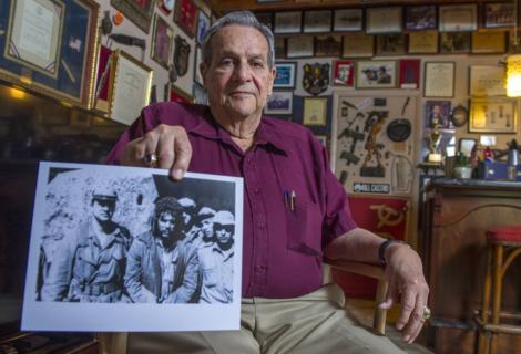 Florida otorga Medalla de la Libertad al cubano Félix Rodríguez