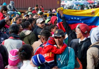 Rey de España elogia a Colombia por acogida de venezolanos