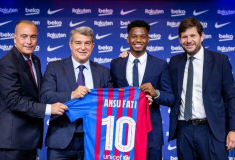 Ansu Fati renovó con el Barcelona hasta 2027