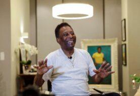 """Pelé reaparece en su 81 cumpleaños y asegura estar """"más joven"""""""